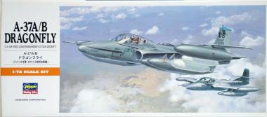 Самолет A-37 A/B DRAGONFLY A12 1:72