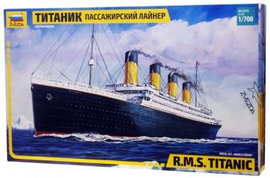 модель Титаник 1:700 zvezda