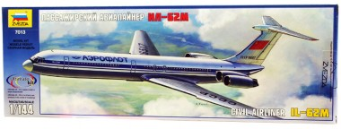 Пассажирский авиалайнер Ил-62М 1:144