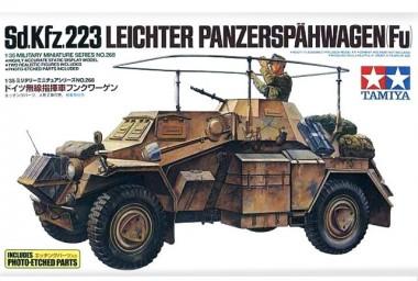 сборная модель 1/35 Sd.Kfz.223 с фототравлением арт.35268