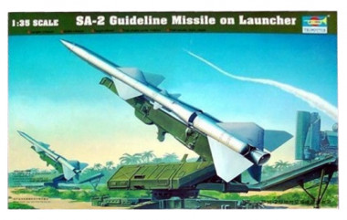 Сборная модель Ракета пусковая установка с ракетой 1:35