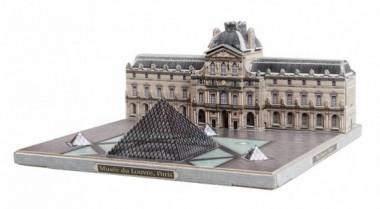 Сборная модель Музей Лувр