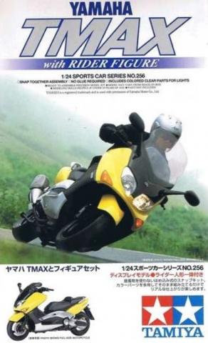 Yamaha TMAX скутер с фигурой 1:24